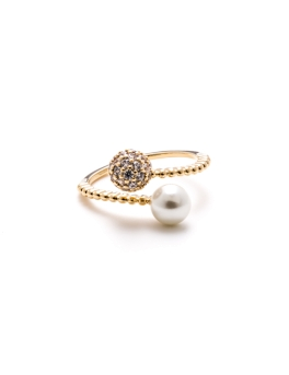 INTERLOCKING DIAMANTE GOLD RING