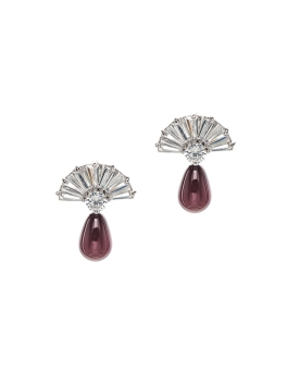 PRETTY FAN AND MAROON EARRINGS